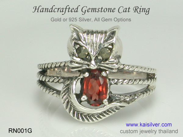 silver ring mothers ring cat also in gold